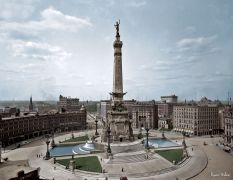 "Indianapolis, Indiana, circa 1907. ""Soldiers' and Sailors' Monument."""